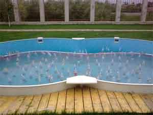 Компенсация расширения воды в бассейне