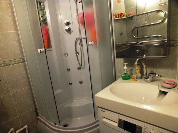 дизайн ванной комнаты фото 3 кв м без унитаза фото с душевой кабиной