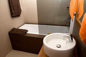 интерьер маленькой ванной комнаты в квартире фото