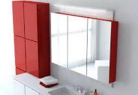 навесной шкаф с зеркалом в ванную комнату
