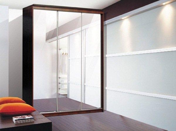 красивые шкафы купе в гостиную фото 2