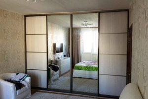 шкаф-купе в гостиную фото 31
