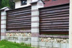 забор из горбыля фото 21