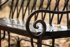 скамейки кованые фото 25