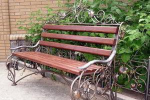 скамейки кованые фото 27