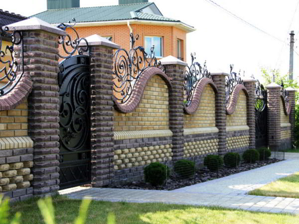 заборы для частного дома из кирпича фото 8