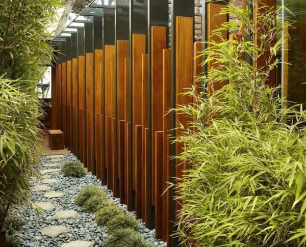 забор из металлического штакетника фото 10