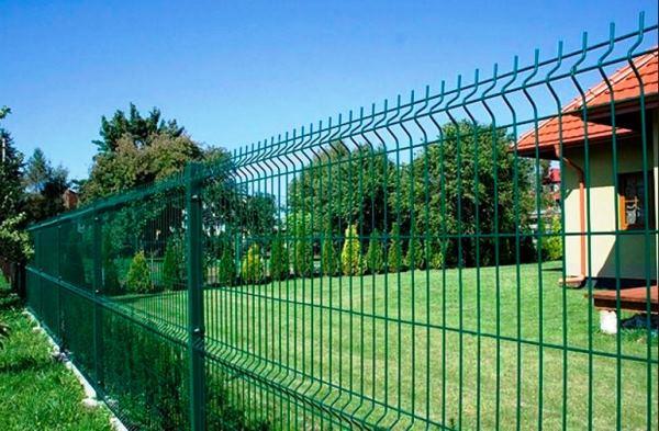 забор из сварной сетки с полимерным покрытием фото 5