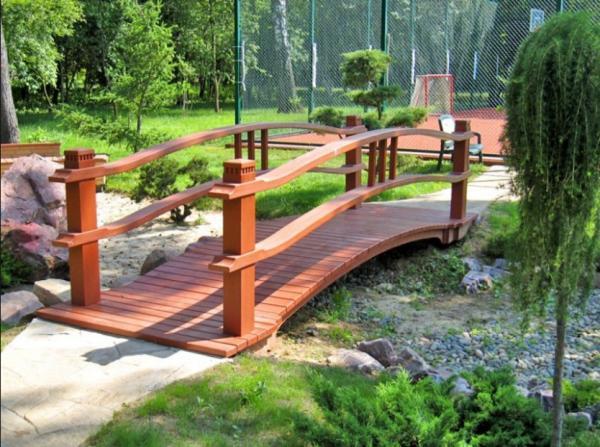 садовые мостики своими руками фото