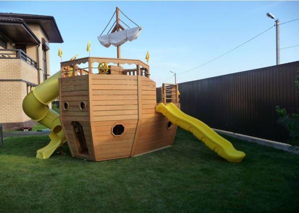 Домик для детей на даче фото