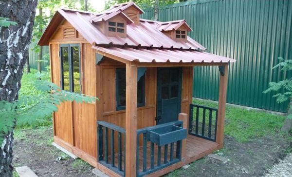 Детский домик для дачи своими руками фото и идеи из подручных средств