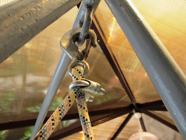 садовые качели из металла фото 17