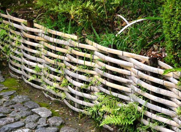 плетень на даче фото