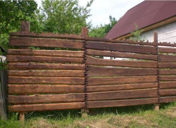 забор из горбыля фото 18