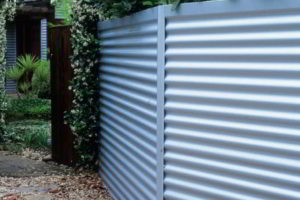 забор из профнастила фото 21