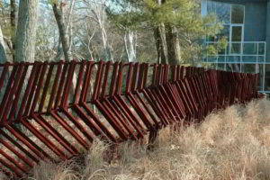 забор из штакетника фото 39