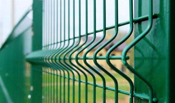забор из сварной сетки с полимерным покрытием фото 4